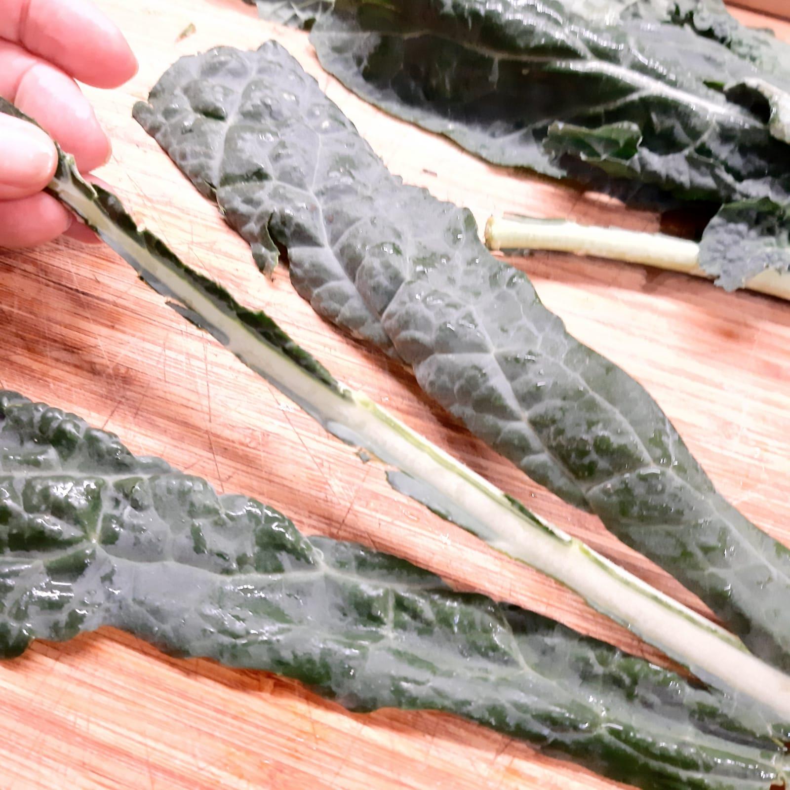 chips di foglie di cavolo nero