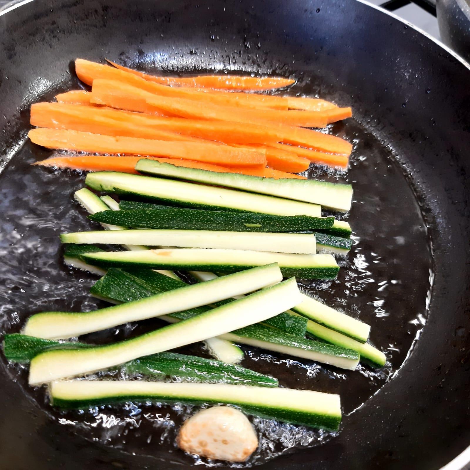 involtini di calamari con verdure croccanti