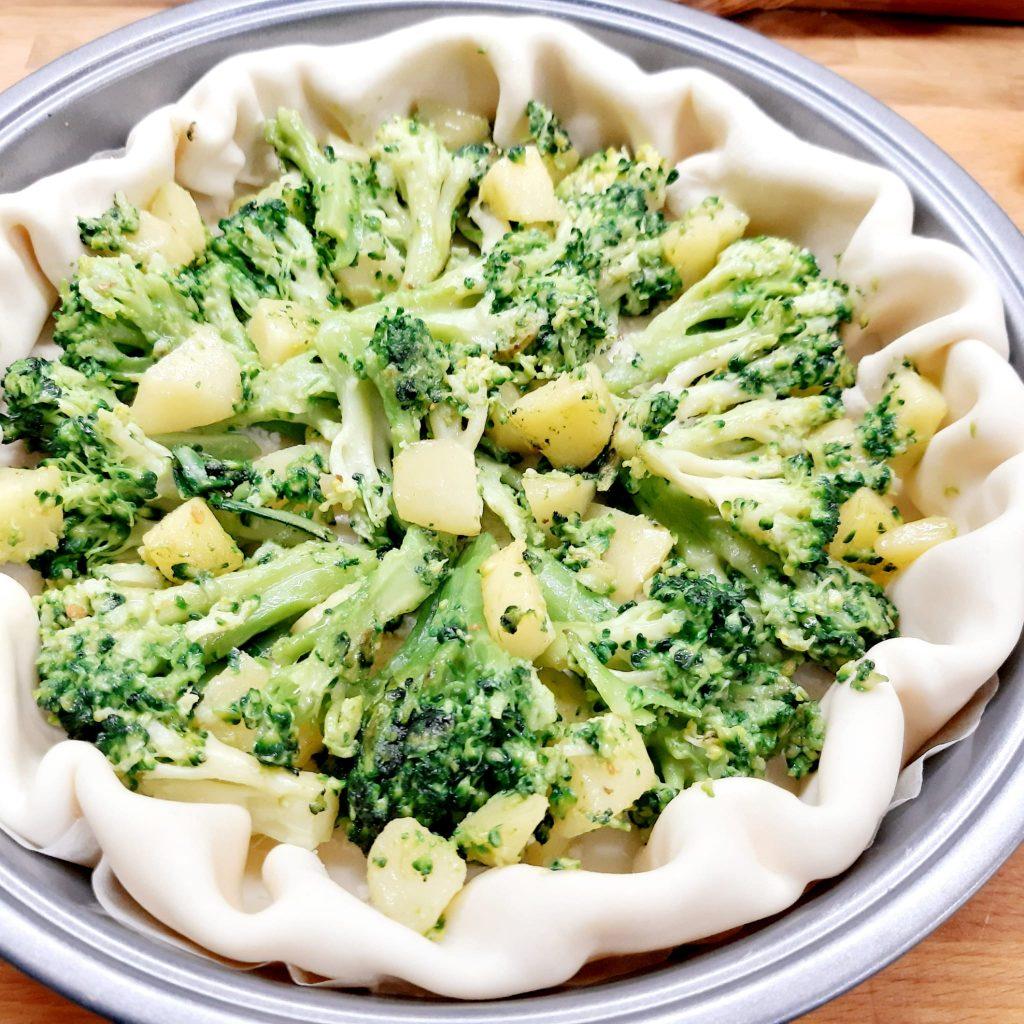rustico con broccolo siciliano gorgonzola brie e fontina